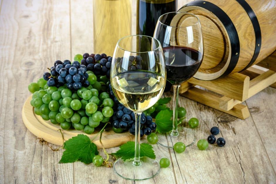 grčka kuhinja, vino